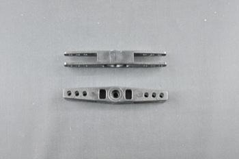 Squadretta per tirante uniball doppia per servi FUTABA - L= 67 mm.