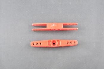Squadretta per tirante uniball doppia per servi MULTIPLEX - L= 38,8 mm.